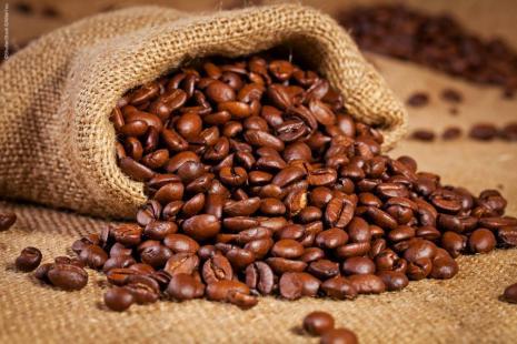 Clima impactou negativamente oferta de café no Brasil, reduzindo as exportações